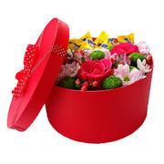 """Коробка с цветами и конфетами """"Nesquik"""""""