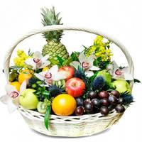 """Корзина с фруктами и цветами """"Презент"""""""